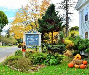 Maple Terrace Motel
