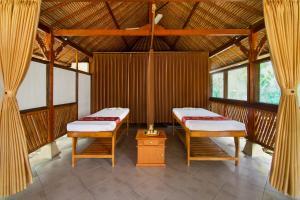 Bali Taman Beach Resort & Spa Lovina, Hotel  Lovina - big - 26