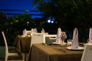 Asian Ruby Select Hotel, Hotely  Hočiminovo Mesto - big - 18
