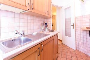 Apartment 10 minutes from Rome City Center!