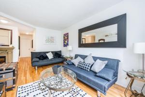 . 4-bedroom on Côte-Saint-Luc Road