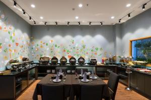 Asian Ruby Select Hotel, Hotely  Hočiminovo Mesto - big - 35