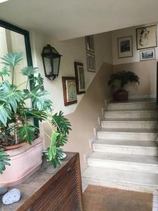 Terrazza Pavone, Apartmanok  Aci Castello - big - 40
