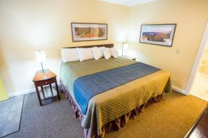 Aura Soma Lava, Hotely  Lava Hot Springs - big - 190