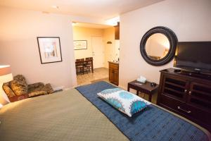 Aura Soma Lava, Hotely  Lava Hot Springs - big - 184