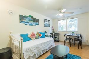 Startup-Friendly 1BR in MV, 5min to Castro St+ AC!, Apartments  Mountain View - big - 8