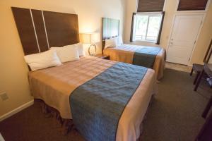 Aura Soma Lava, Hotely  Lava Hot Springs - big - 173