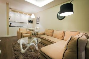 Platinum Palace Apartment
