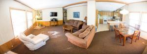 Aura Soma Lava, Hotely  Lava Hot Springs - big - 171