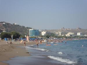 Beach Break, Aparthotely  Faliraki - big - 20