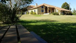 Accommodation in Boussan