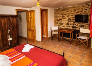 Double Room Second Floor Pension Rustica Alemana