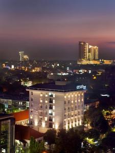 Amaris Hotel Bintoro Surabaya, Szállodák  Surabaya - big - 1