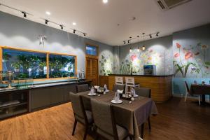 Asian Ruby Select Hotel, Hotely  Hočiminovo Mesto - big - 36