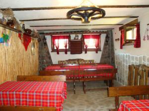 Guesthouse Damyanova Kushta