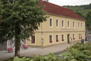Dubina - Radošov