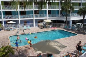 Pelican Pointe Hotel, Motely  Clearwater Beach - big - 40
