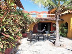 Villa Pelicano, Bed & Breakfasts  Las Tablas - big - 82