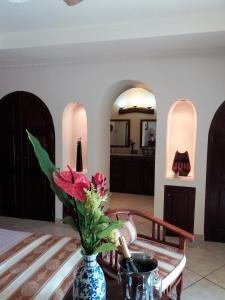 Villa Pelicano, Bed & Breakfasts  Las Tablas - big - 8