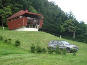 Location gîte, chambres d'hotes Chalet Contemporain Plein Nature dans le département Haut Rhin 68