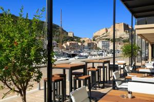 Hotel Centre Nautique, Hotely  Bonifacio - big - 64