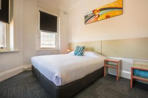 Melton Hotel Auburn - Sydney