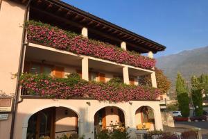 Residence Casa Gardola - AbcAlberghi.com