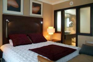 Executive Suite with Lounge Access Radisson Blu Hotel, Cairo Heliopolis