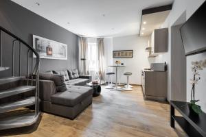 Leonardo Duplex Apartment - Milan