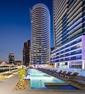Hilton Surfers Paradise Reside..
