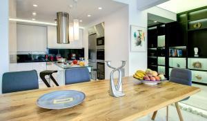 Frixos Acropolis Luxury Apartment