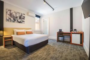 Accommodation in Regents Park