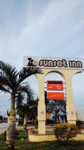 Sunset Inn- Fort Pierce, FL
