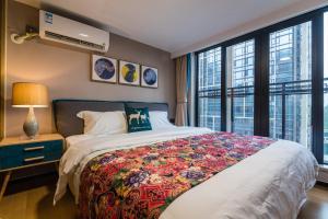 Beiou Duplex Two Bedroom Apartment, Ferienwohnungen  Guangzhou - big - 5
