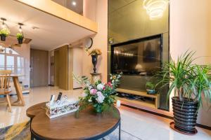 Beiou Duplex Two Bedroom Apartment, Ferienwohnungen  Guangzhou - big - 22