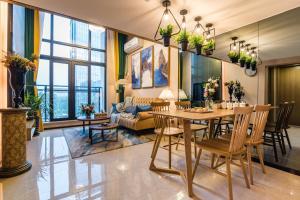 Beiou Duplex Two Bedroom Apartment, Ferienwohnungen  Guangzhou - big - 23