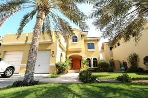 Adorn Holiday Homes - Frond F Villa - Dubai