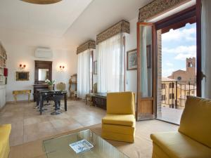 Matteotti Exclusive-3bd+2futon elegant apartment - AbcAlberghi.com