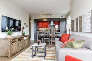 Gorgeous 2-Bedroom in the Heart of Downtown - Toronto