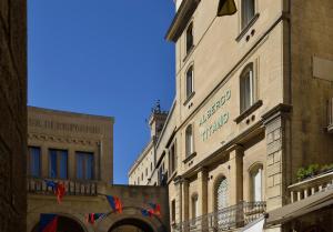 Hotel Titano - Valdragone