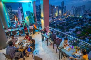 City Garden Hotel Makati, Hotels  Manila - big - 28