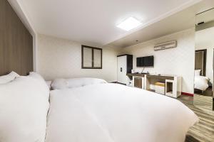 Hotel Tate, Hotely  Suwon - big - 6