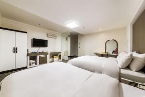 Hotel Tate, Hotely  Suwon - big - 15