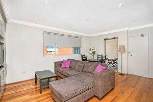 Two Bedroom Apartment Abbott Street(COOGY) - Clovelly