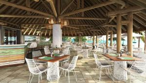 La Pirogue Resort & Spa (40 of 92)