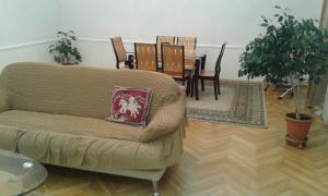 Neftiannikov Avenue Apartment, Апартаменты  Баку - big - 41