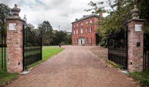 Winstanley House (11 of 18)