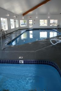 Country Inn & Suites by Radisson, Prineville, OR, Hotely  Prineville - big - 25
