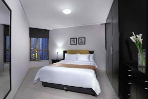 Aston Rasuna, Apartmanhotelek  Jakarta - big - 6