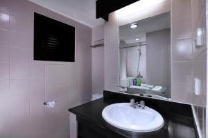 Aston Rasuna, Apartmanhotelek  Jakarta - big - 42